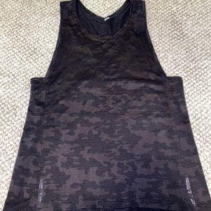 LULULEMON camo tank Top 4 RUN for Days shirt small